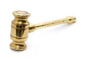オンラインカジノは合法?